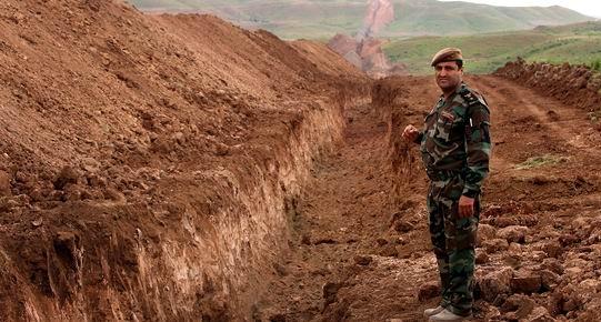 Graben_Rojava_Grenze