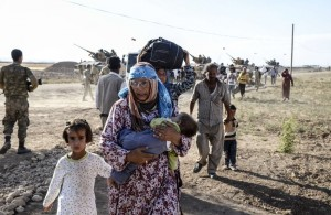 TOPSHOTS-TURKEY-SYRIA-KURDS-REFUGEES