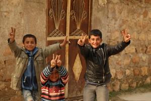 kobane-29-01-15-kentin-dogusu-siviller-YPGli-rop2