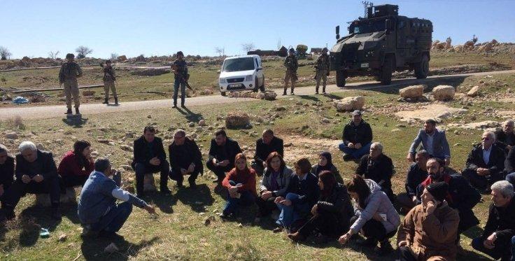 Staatsterror in Nordkurdistan: Was passiert in Xerabê Bava und Talatê?