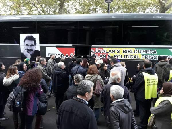"""Start der Kampagne """"Die Zeit ist reif! – Freiheit für Öcalan!"""""""