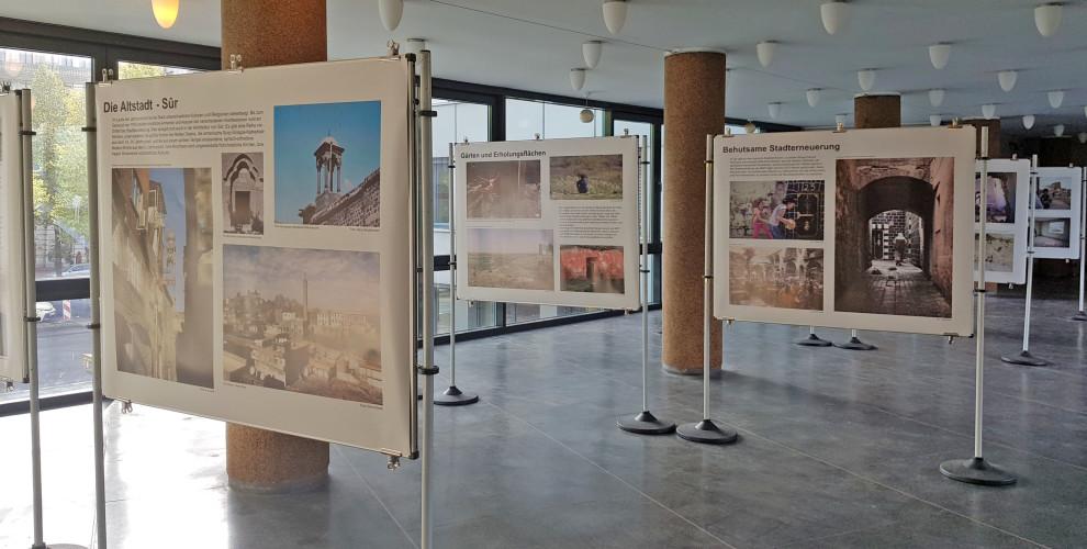 """""""Fotografie im Ausnahmezustand"""": Fotoausstellung über die Zerstörung der historischen Altstadt Sûr in Amed/Diyarbakir"""